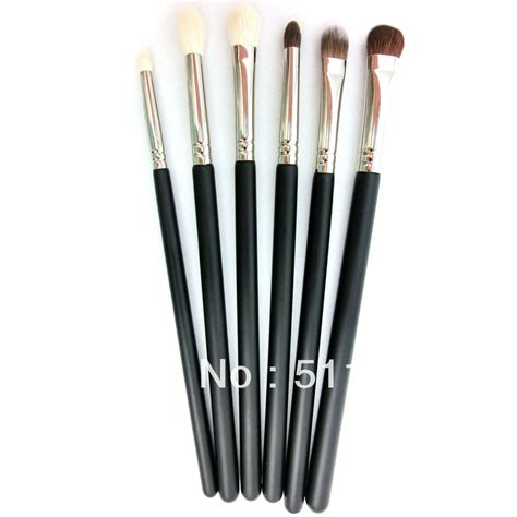 Makeup Kit Makeover makeup brush cosmetic set