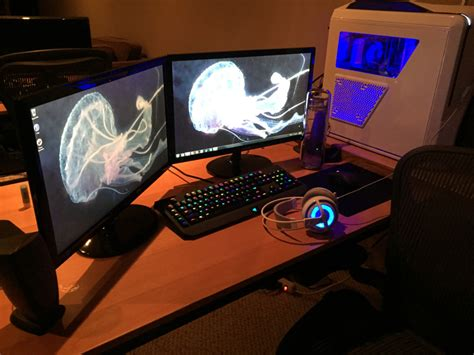 Awesome Gaming Desk Awesome Gaming Desk Setup White Computer With Headset And Dual Monitors Setup Battle