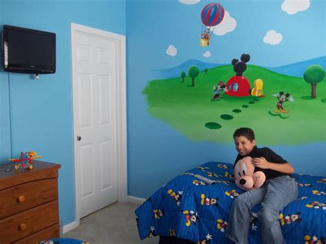 mickey mouse bedroom decor bedroom designs mickey mouse clubhouse wall decor ideas