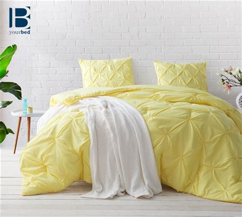 comforter yellow best 25 yellow comforter ideas on pinterest yellow
