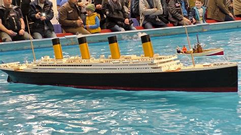 titanic toy boat videos gigantic rc titanic scale model ship on the pool
