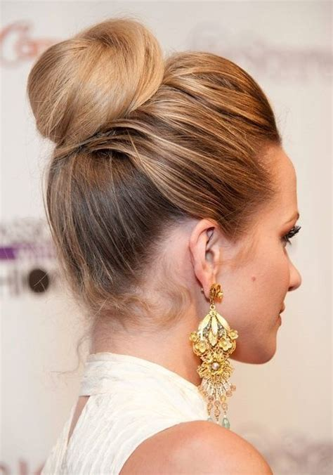 top 20 bun updos you may love popular haircuts