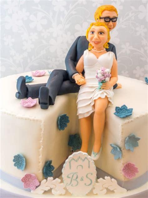 Hochzeitstorte Brautpaar by Hochzeitstorte Mit Brautpaar Figur