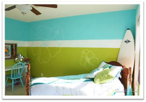 things to paint on your bedroom wall 10 easy ways to spruce up girls bedroom walls