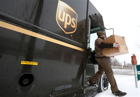 ups   join growing list  companies freezing pensions