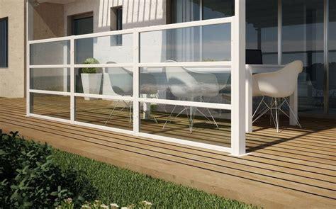 Windschutz Terrasse Plexiglas windschutz f 252 r terrasse und balkon w 228 hlen 20 ideen und tipps