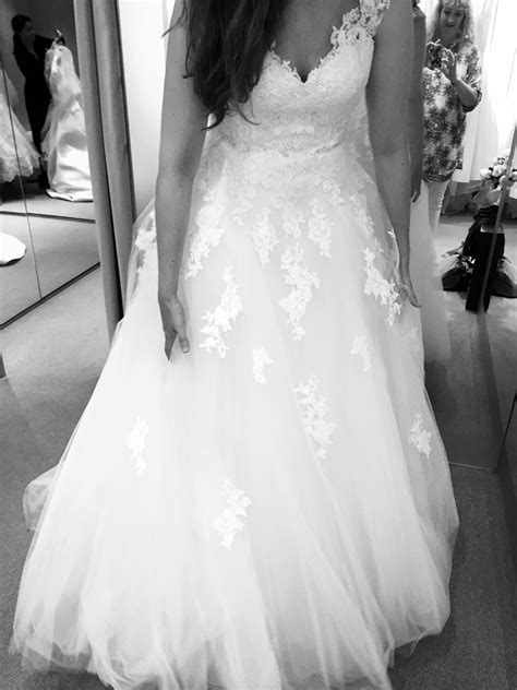 12 months to go wedding dress shopping