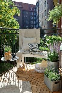 35 small balcony ideas amp apartment balcony ideas