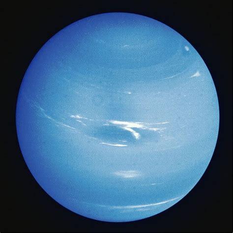 imagenes reales de urano el planeta neptuno
