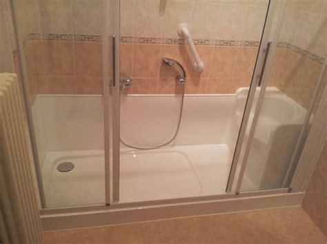 doccia con sedile progetto di trasfrormazione vasca in doccia con sedile a
