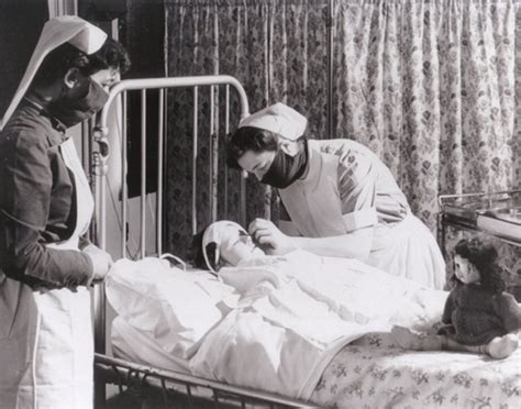 the nurses of passchendaele caring for the wounded of the ypres caigns 1914 1918 books 65 photos of vintage nurses nurses through the centuries