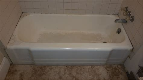 Porcelite Bathtub Refinishing by Bathtub Services In Green Bay Wi And Bathroom Repair