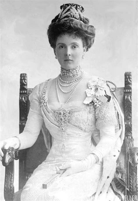 Jewel History: The Peeresses at the Coronation (1911