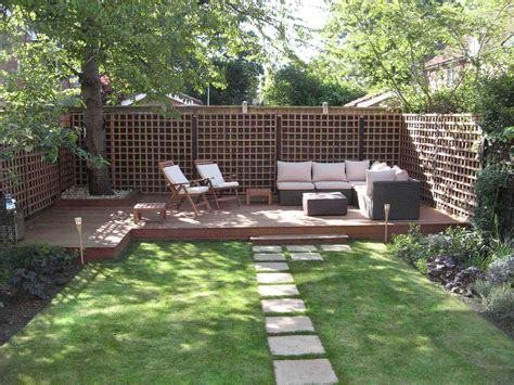 Awesome Backyards Ideas Awesome Backyard Deck Ideas For Outdoor Lounge Space Http Www Ruchidesigns Awesome