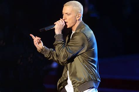 eminem performance eminem takes on caitlyn jenner miley cyrus in 8 minute