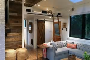 Living room hawaii house by tiny heirloom
