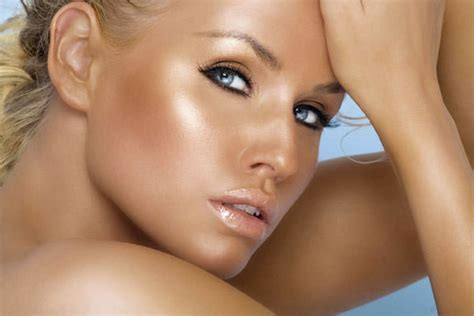 how to get a fake tan that looks real 11 steps with spray tans by st tropez fringe benefits gloucester