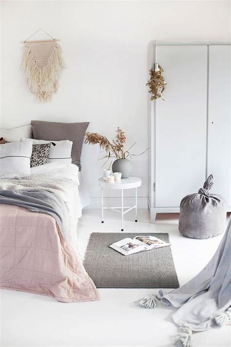 Decorating Ideas For A Peaceful Bedroom 17 Best Ideas About Simple Bedroom Design On