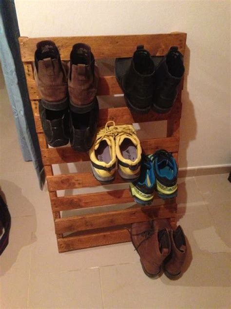 easy shoe rack   pallets   attic