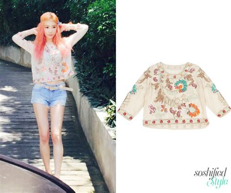 Blouse Taeyeon soshified styling blouses