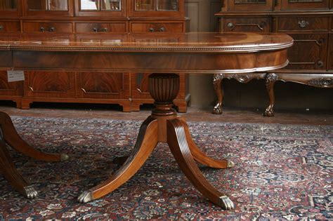 Duncan Phyfe Dining Room Table by Duncan Phyfe Pedestal Table Legs Duncan Phyfe Pedestals