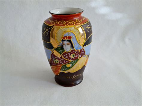 Satsuma Vase Made In Japan by Vintage Miniature Satsuma Vase Made In Japan Collectible