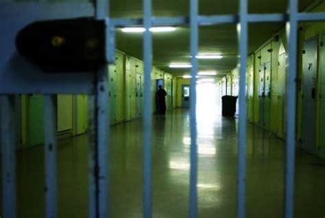 casa circondariale monza suicidio in carcere a monza
