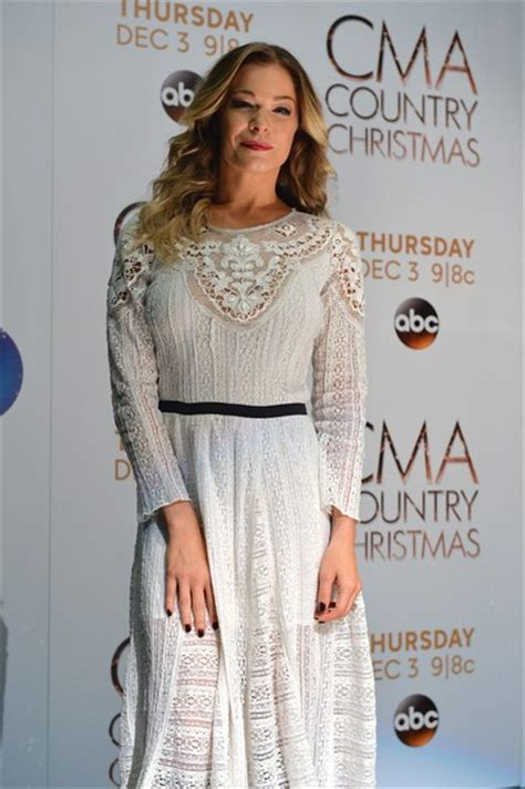 Which Of Leann Rimess 3 Cmas Dresses Do You Like Best by Leann Rimes In A White Dress