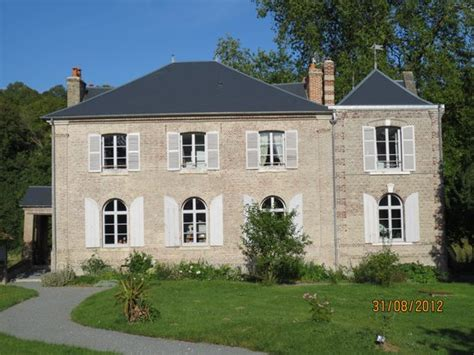 Lovely House by Manoir De Chaussoy