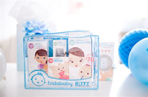 5 must baby shower gifts cocorosa