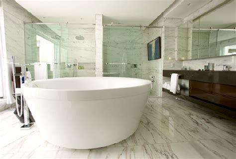 Badezimmer Fliesen Pflegen by Marmor Fliesen In Ihrem Badezimmer