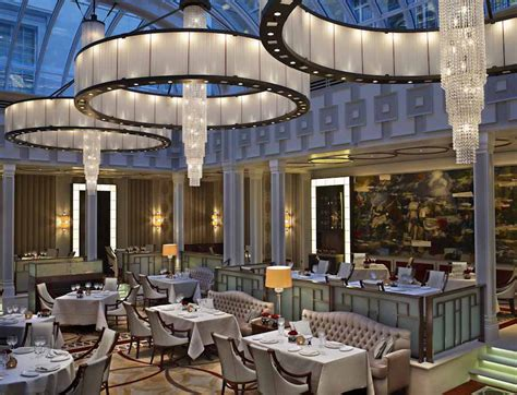 hotels resorts tips for choosing restaurant design adam d tihany hotel and restaurant designer shares his