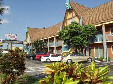 2 bedroom suites in cocoa beach beachfront wakulla two bedroom suites resort hotel