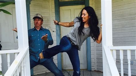 how to be on fixer upper hgtv stars reveal they were broke before fixer upper