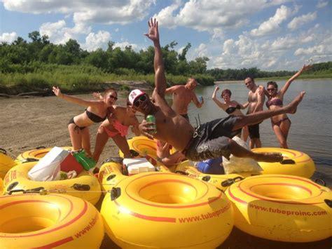 nebraska tubing 6 lazy rivers in nebraska for tubing