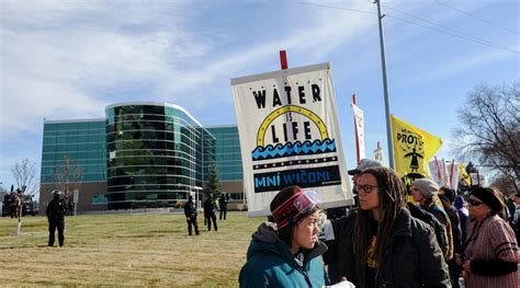 access to history protest get on right side of history greenpeace demand banks ditch toxic dakota pipeline rt america