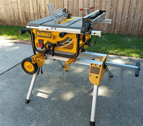table saw stand wheels diy dewalt 10 quot compact jobsite table saw dwe7480 tool review