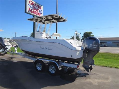 robalo boat dealers in michigan robalo 200 boats for sale in traverse city michigan