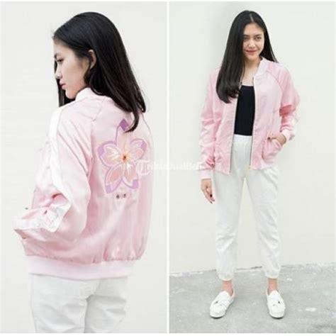 Model Baru Jaket Bomber Murah 000 Pria Wanita Kerja Kuliah Pesta jaket cewek bomber jacket model terbaru harga murah