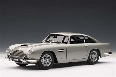 silver aston martin autoart highly detailed die cast model silver aston martin