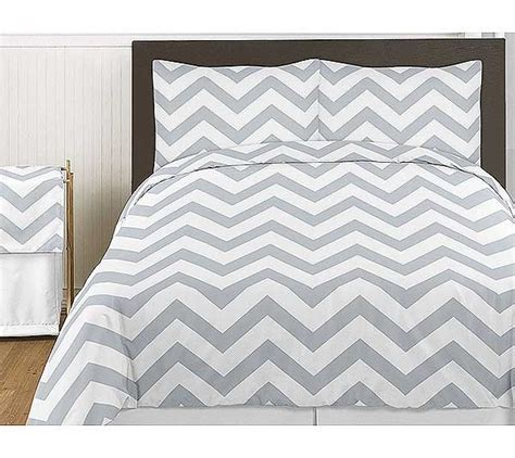 grey white chevron print bedding set 3 piece king size