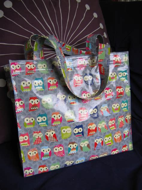 Owl Patchwork Bag 02 the patchwork dress birds patterns and patchwork