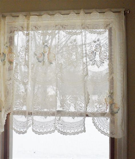 cottage lace curtains pair vintage shabby cottage chic ivory lace curtain valances ebay