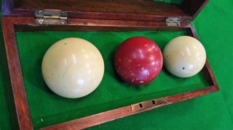 antique billiard balls ivory   sizein original box