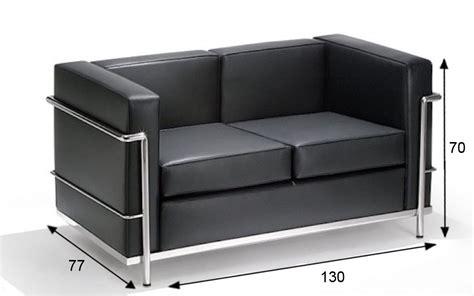 le corbusier divani divano le corbusier lc2 2 posti nero rental design