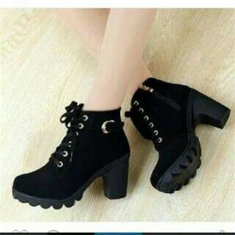 Boots Fashion Wanita Hitam jual sepatu fashion wanita boot boots heels cewek hitam