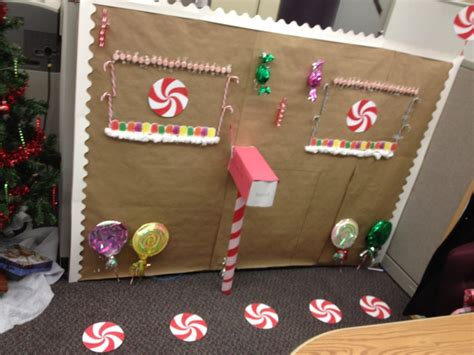 how to decorate my cubicle for christmas decorating a cubicle for decorate your cubicle for with dollar store items