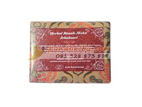 sabun jebuk sari natural atasi jerawat   jenis kulit