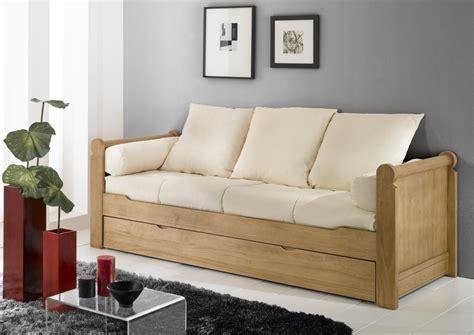 les canap駸 en bois acheter votre banquette lit gigogne couchage en 80x190