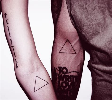 Triangle Tattoo On Arm Meaning | 31 latest triangle tattoos ideas